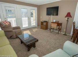 Hotel Photo: Sandpiper Cove 1046 Apartment