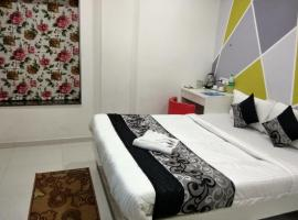 Hotel Photo: JK Rooms 116 Taha-Opp. Airport-Wardha Rd