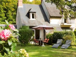 Hotel Photo: Cottages De La Bretesche