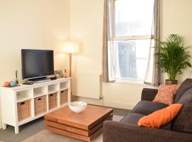 Hotel Photo: 1 Bedroom Apartment in Putney near the Station