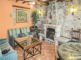 Hotel photo: Five-Bedroom Holiday Home in San Felices de los Ga.