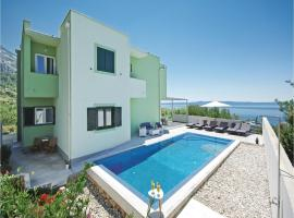 Hotel Photo: Holiday home Makarska Pozare