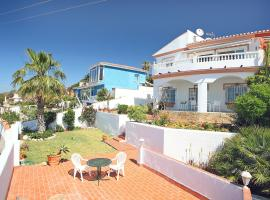 Hotel Photo: Holiday Home Girasoles 4b