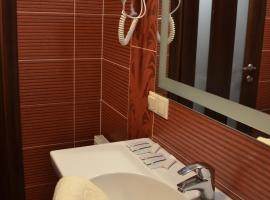 Hotel Photo: Home Comfort Livoberezhna IEC Kiev