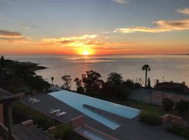 Hotel Photo: Best View & Services for a family vacation.