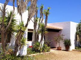 Hotel photo: Apartamentos Laura Playa de Migjorn