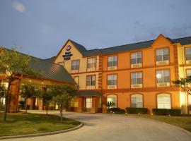 A picture of the hotel: Best Western PLUS Hobby Airport Inn and Suites