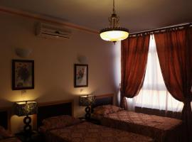 Hotel Photo: Gollestan Hotel