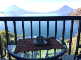 Hotel photo: Majestic View Panajachel
