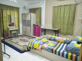 Hotel Photo: Humaira Homestay Batu Gajah