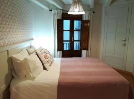 A picture of the hotel: Allotjament turístic Cal Minguell
