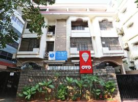 A picture of the hotel: OYO 730 Hotel Karishma Homes