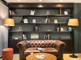 Hotel Photo: Quality Hotel & Suites Bercy Bibliothèque by HappyCulture