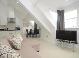 Hotel photo: Wenlock Penthouse Apartment