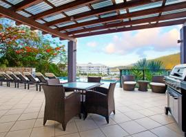 at Waterfront Whitsunday Retreat - Adults Only Airlie Beach Australie