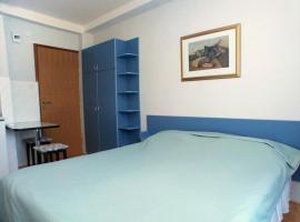 Hotel photo: Studio Komiza 2429d
