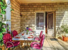 Hotel Photo: Two-Bedroom Apartment Makarska with Sea view 022