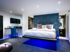 Hotel Photo: The Country Park Riverside Rooms