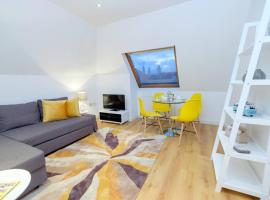 Hotel Photo: Cosy and modern apartment, 100m from the beach!