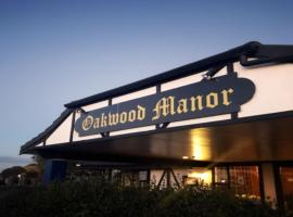 A picture of the hotel: Oakwood Manor Motor Lodge