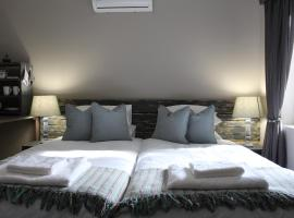 A picture of the hotel: Be Still Guest House