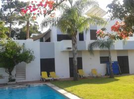Hotel photo: Villa R. dos Ibiscos