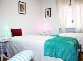호텔 사진: Beautiful and bright apartment Barrio Salamanca
