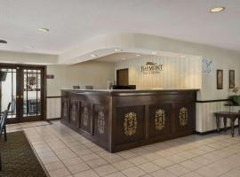 Hotel Photo: Baymont Inn & Suites Whitewater