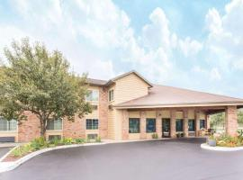 Hotel Photo: Baymont Inn and Suites Muskegon