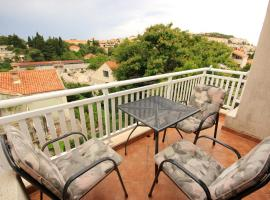 A picture of the hotel: Apartment Dubrovnik 9057b