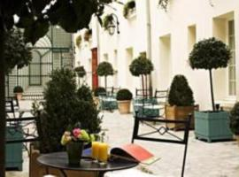 Hotel Suites Unic Renoir Saint-Germain,