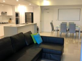 Foto do Hotel: Four Bedroom Apartment