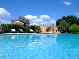 Hotel Photo: Masseria Gialli Rural Excellence