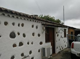 A picture of the hotel: Casa Lola