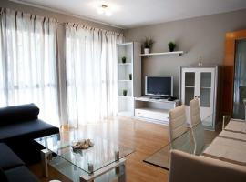 A picture of the hotel: Apartamento junto a la playa de Fuengirola