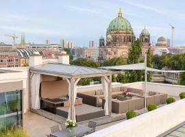 Suite.030 Luxury wellness penthouse in Mitte
