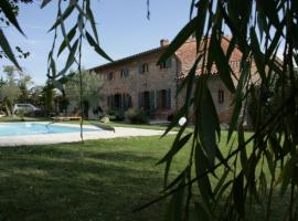 Hotel Photo: Le Clos de Mara