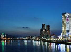 A picture of the hotel: Hotel Riverside Ulsan