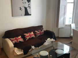 Hotel photo: Collingham Apartment