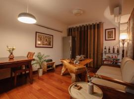 A picture of the hotel: Open Type Wooden Apartment