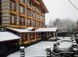 Hotel Photo: JJ by VIVAAN RESORTS Kullu