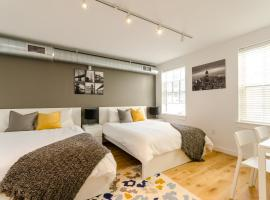 A picture of the hotel: Stylish Studio in Old City