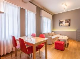Hotel Photo: RED Luxury Athens-top sightseeing location
