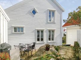 Hotel Foto: Two-Bedroom Holiday Home in Farsund