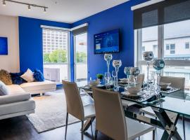 Hotel photo: 2BR/2BA Designer Suite in DTLA