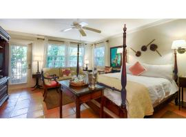 Hotel Photo: The Caribbean Court Boutique Hotel