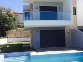 Фотографія готелю: Villa in Ardic - Cesme Turkey with Swimming Pool