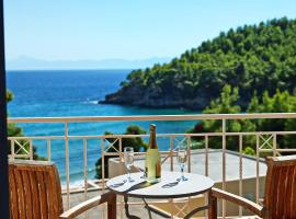 Hotel Foto: Alonissos Beach Bungalows And Suites Hotel