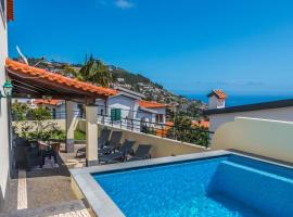 Hotel Photo: Villa Farrobo - Sea View and Pool