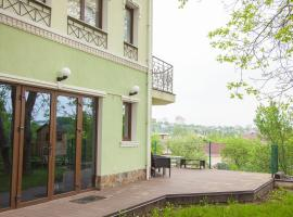 A picture of the hotel: House in a quiet area of Kiev